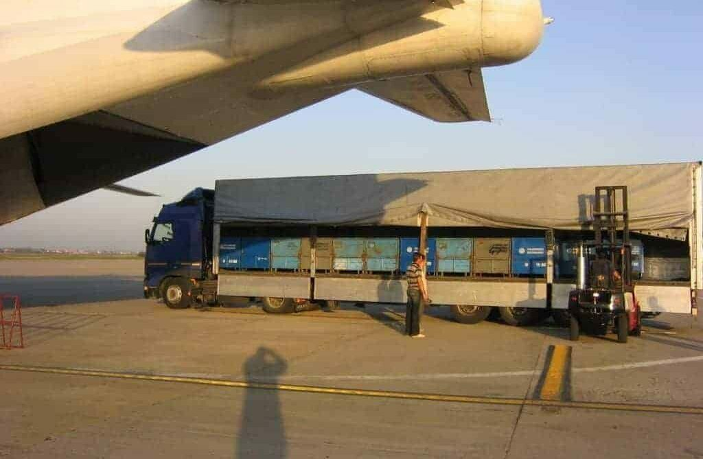 An air charter delivery to avoid a line stoppage